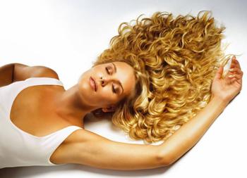 Снятие и коррекция наращенных волос – доверьтесь профессионалам!