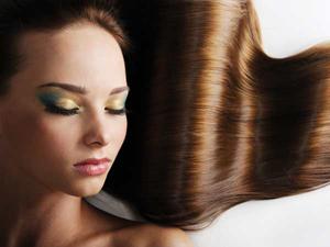 Восстанавливающий уход для окрашенных/завитых волос «Сияние цвета»